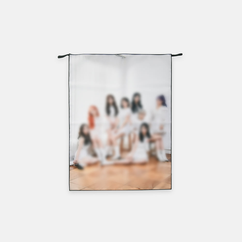 LOVELYZ FABRIC POSTER